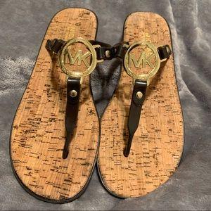 🌺 Michael Kors MK Gold Logo Jelly Thong Sandals
